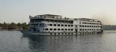 Nile cruise (Aswan & back)